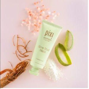 Pixi Brand Skin Treats ✨Glow Mud Mask
